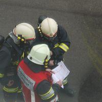 Einweisung des ersten Atemschutztrupps