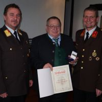 Bezirksverdienstmedaille Stufe 1 (Gold) für Bürgermeister a.D. Franz Meindl
